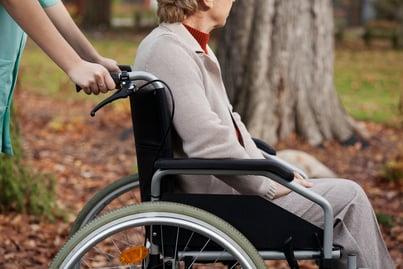 介護施設におけるシフト表の問題は、自動作成で解決!