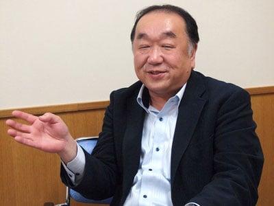 施設長の桑原 隆俊氏